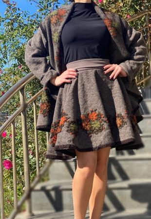 Costum din lana Anisoara 4 [1]
