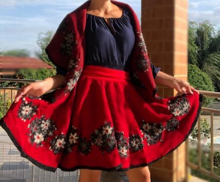 Costum din lana Anisoara [1]