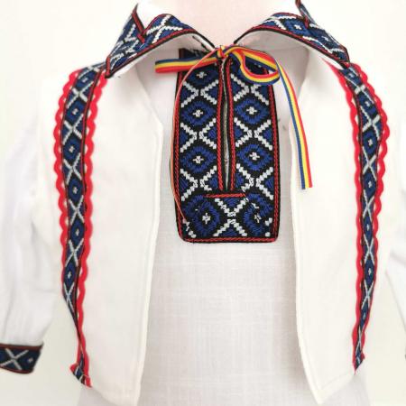 Costum National pentru baieti Adi 6 [1]