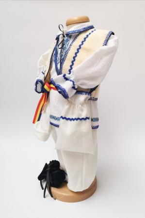 Costum National Victoras 3 [2]