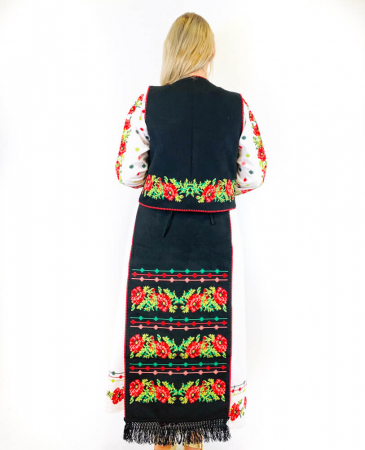 Costum Popular  4 - 5 piese - tip tesuta la razboi [6]