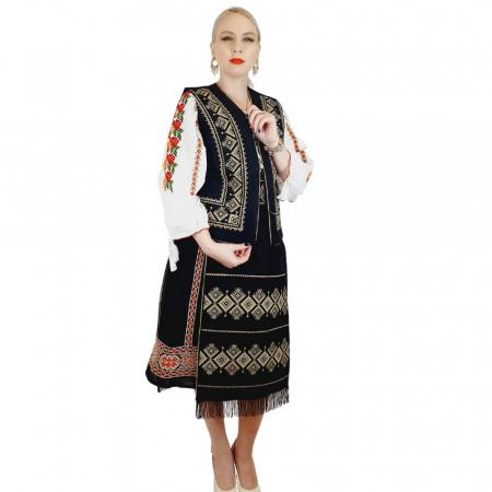 Costum Popular cu broderie traditionala Toni [2]
