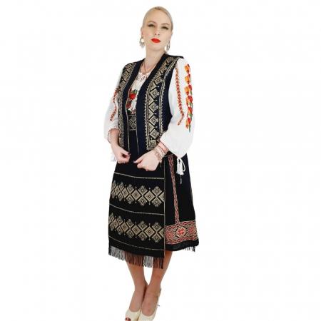 Costum Popular cu broderie traditionala Toni [4]