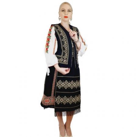 Costum Popular cu broderie traditionala Toni [8]