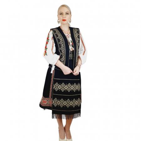 Costum Popular cu broderie traditionala Toni [3]