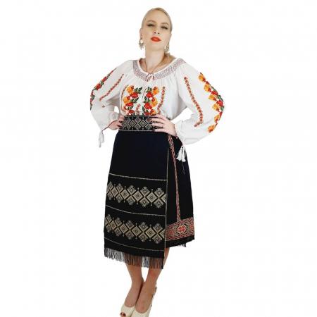 Costum Popular cu broderie traditionala Toni [6]