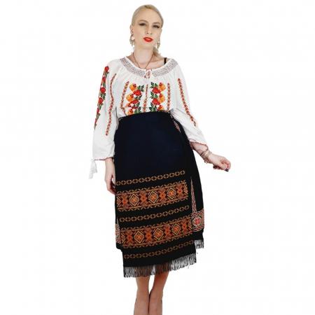 Costum Popular cu broderie traditionala Valentina [3]