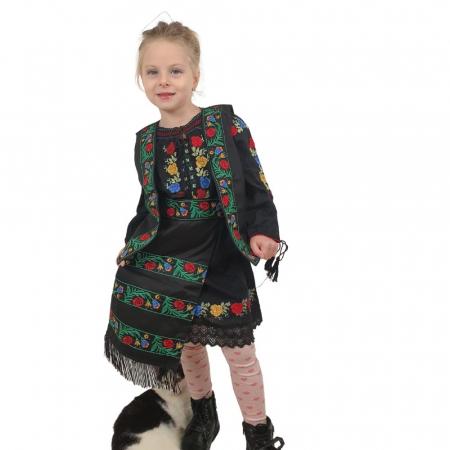 Costum traditional fetite Mira1
