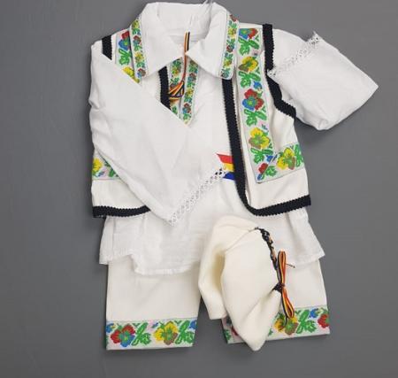 Costum Traditional Baietei 0-12 luni model 2 [2]