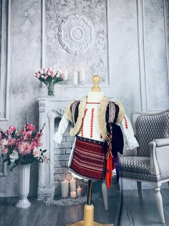 Costum Traditional Fetite Marita [1]