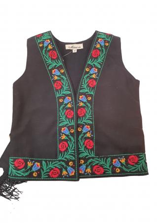 Costum traditional fetite Mira12