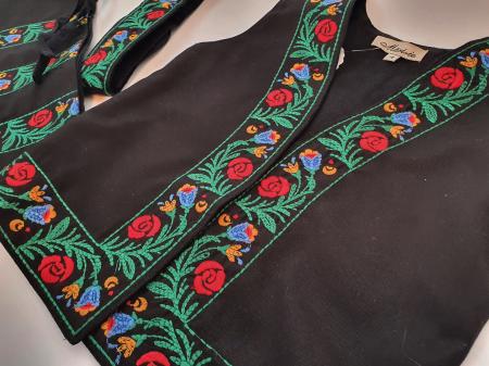 Costum traditional fetite Mira15