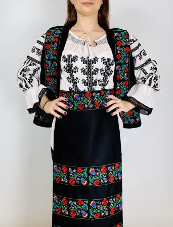Costum traditional - Margo 5 - 4 piese [1]