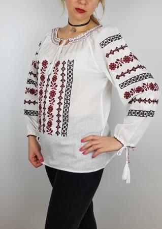 Ie Traditionala Alba Tamara1