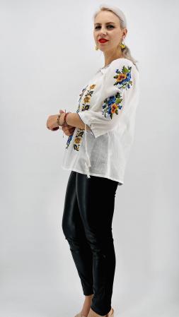 Ie Traditionala Mia [3]