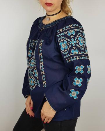 Ie Traditionala Bogdana1