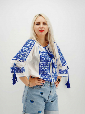 Ie Traditionala Hannah [3]