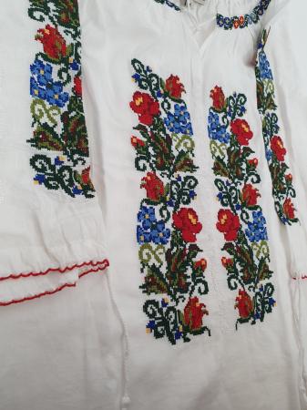 Ie Traditionala Leila 8 [3]