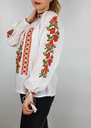 Ie Traditionala Ludmila [2]