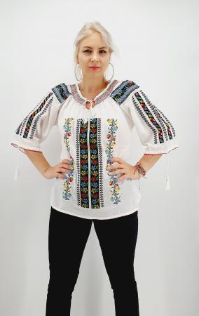 Ie Traditionala Marcelina 2 [2]