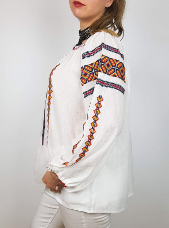 Ie Traditionala Miruna 4 [2]
