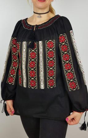 Ie Traditionala Sanda1