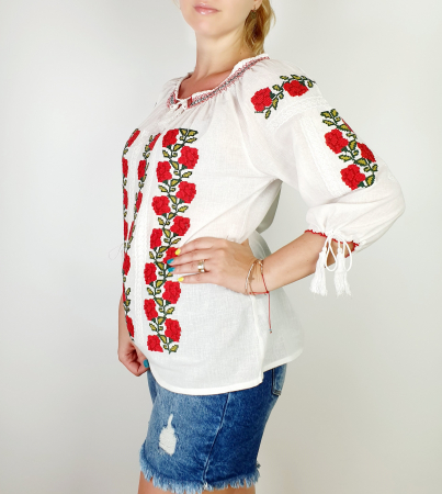 Ie Traditionala Trandafira [1]