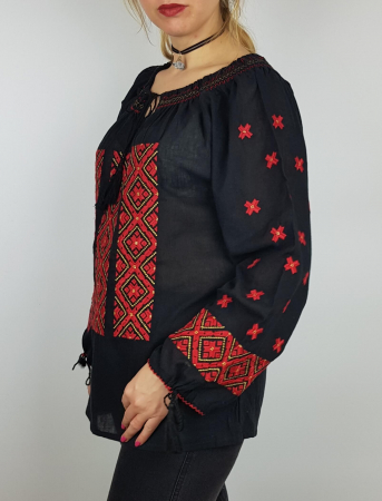 Ie Traditionala Varvara1