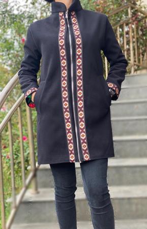 Pardesiu Negru Dama stilizat cu motive traditionale [0]