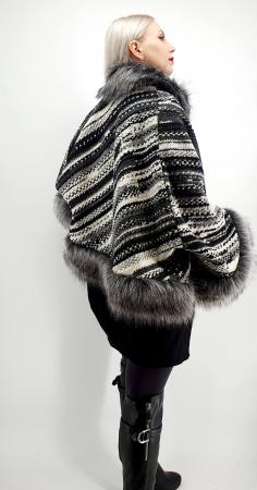 Poncho din lana cu blanita Sanda 8 [2]