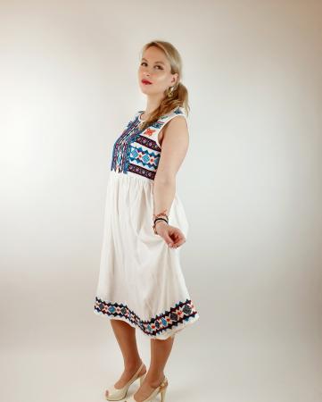Rochie stilizata traditional Amalia2