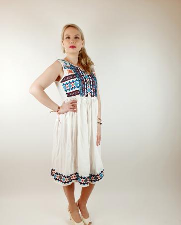 Rochie stilizata traditional Amalia1