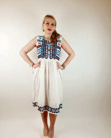 Rochie stilizata traditional Amalia3