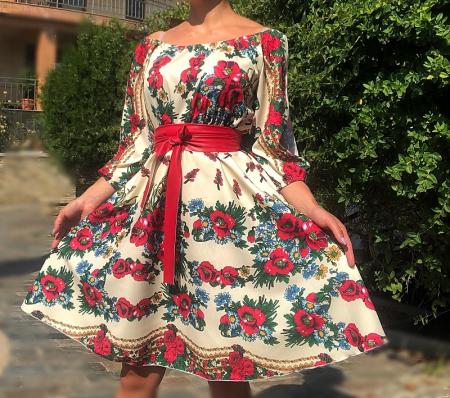 Rochie stilizata cu motive traditionale cu bujori 8 [1]