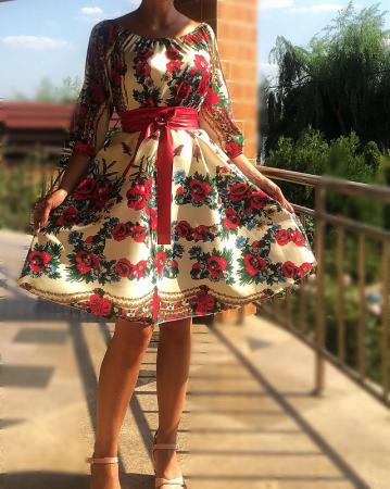 Rochie stilizata cu motive traditionale cu bujori 8 [0]
