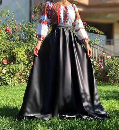 Rochie Traditionala Laura [0]