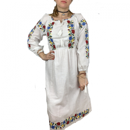 Rochie traditionala Magdalena1