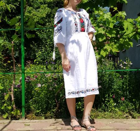 Rochie traditionala Melita [1]