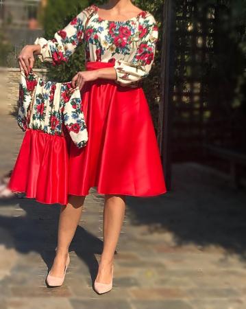 Set Mama si Fiica Rochie Stilizata Cu Motive Traditionale Maci [1]