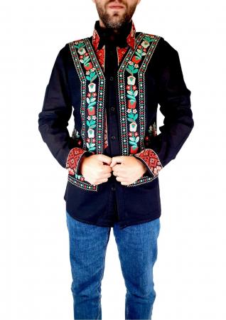 Vesta brodata cu model Traditional Sile0