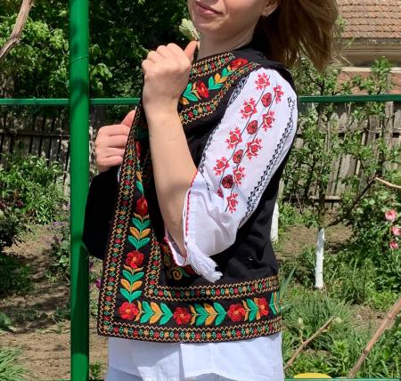 Vesta Traditionala Suzana 11 [2]