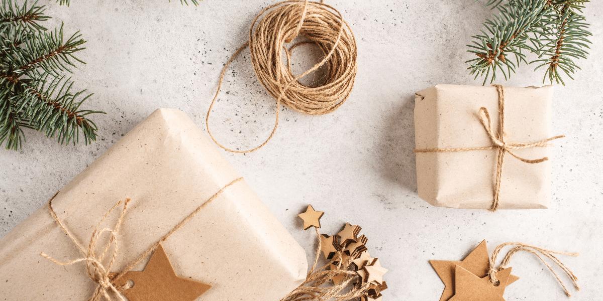Decembrie luna cadourilor