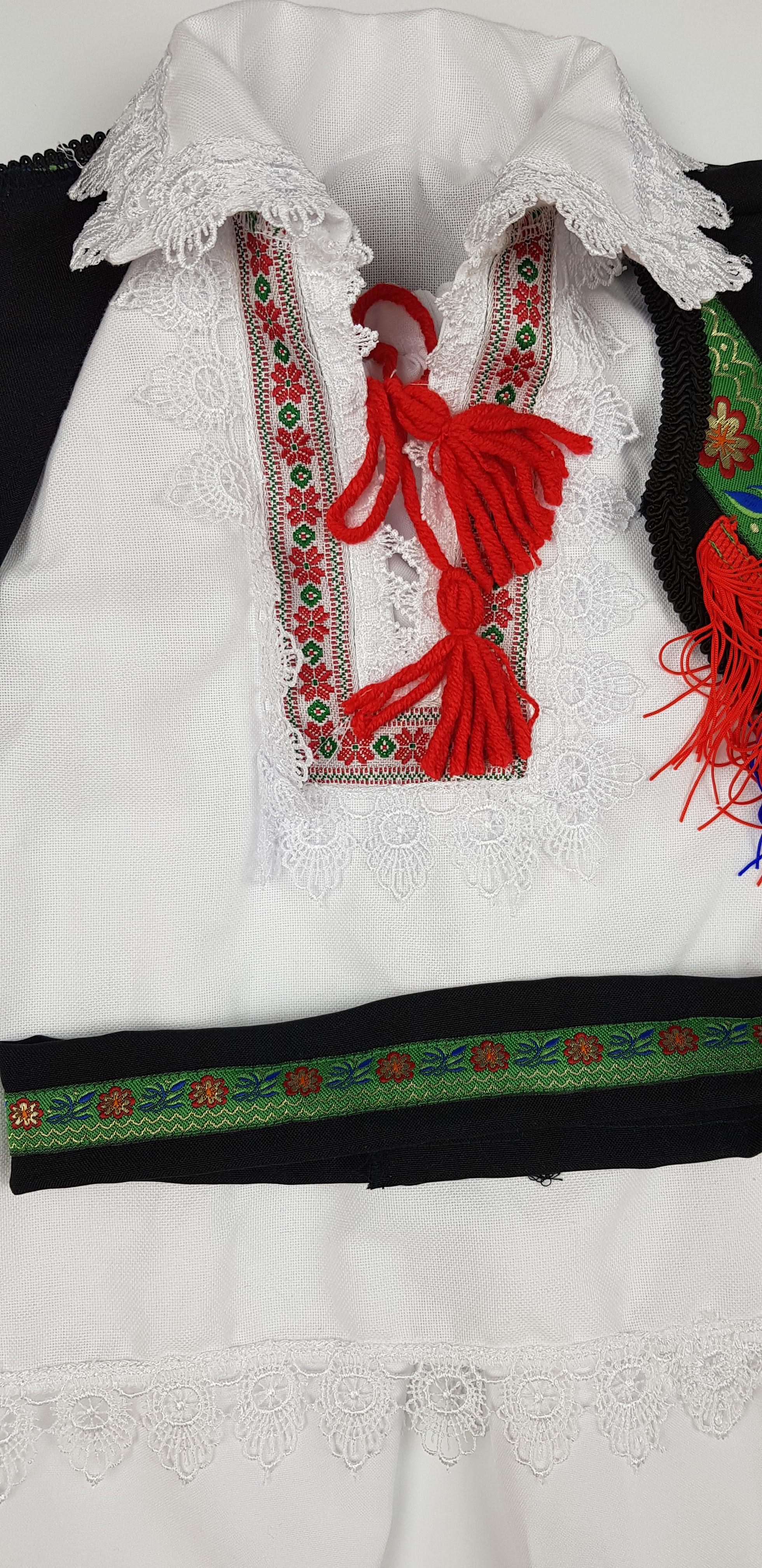 Costum Traditional Baietei Catalin 1