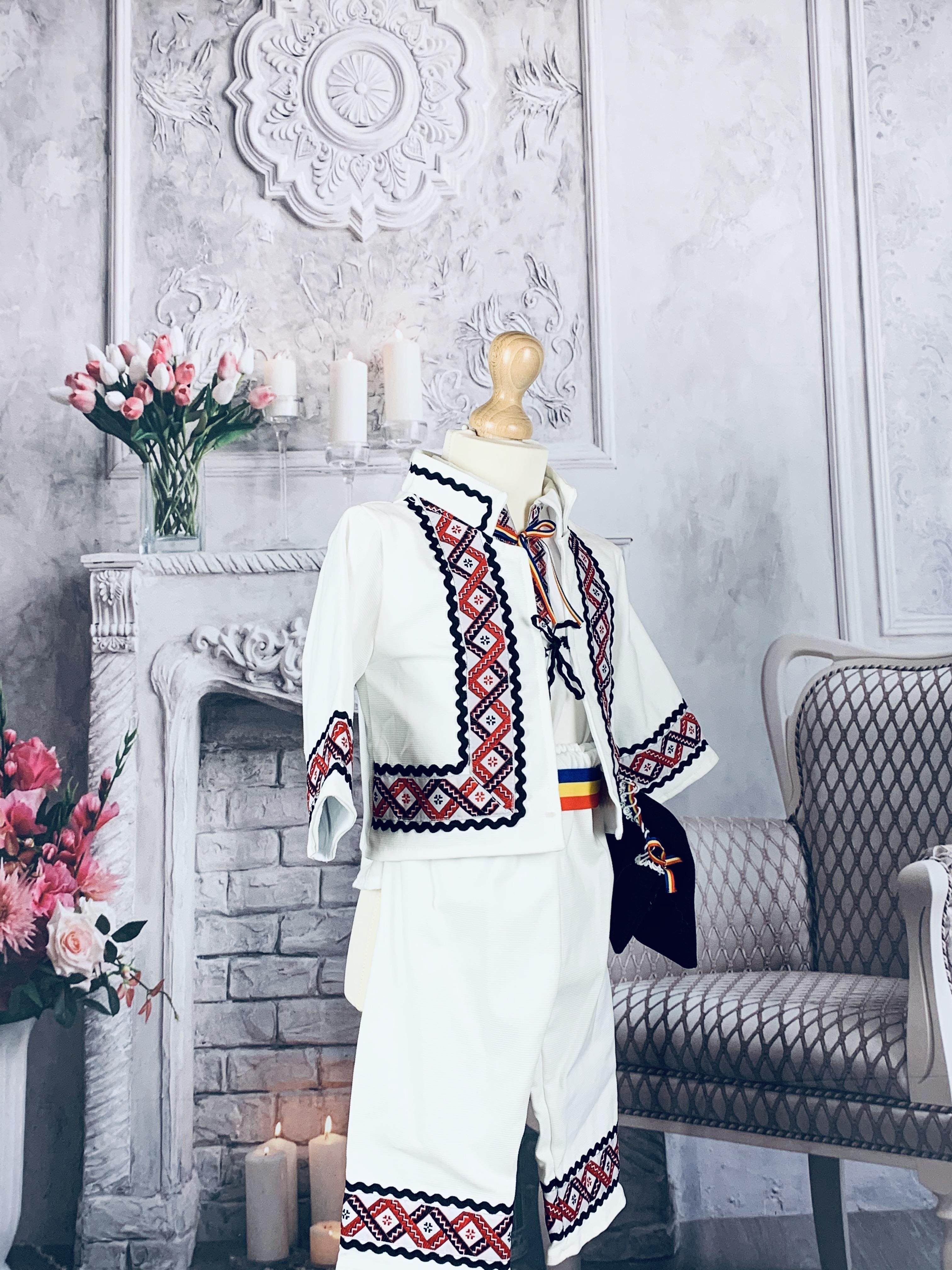 Costum National Viorel 2 1
