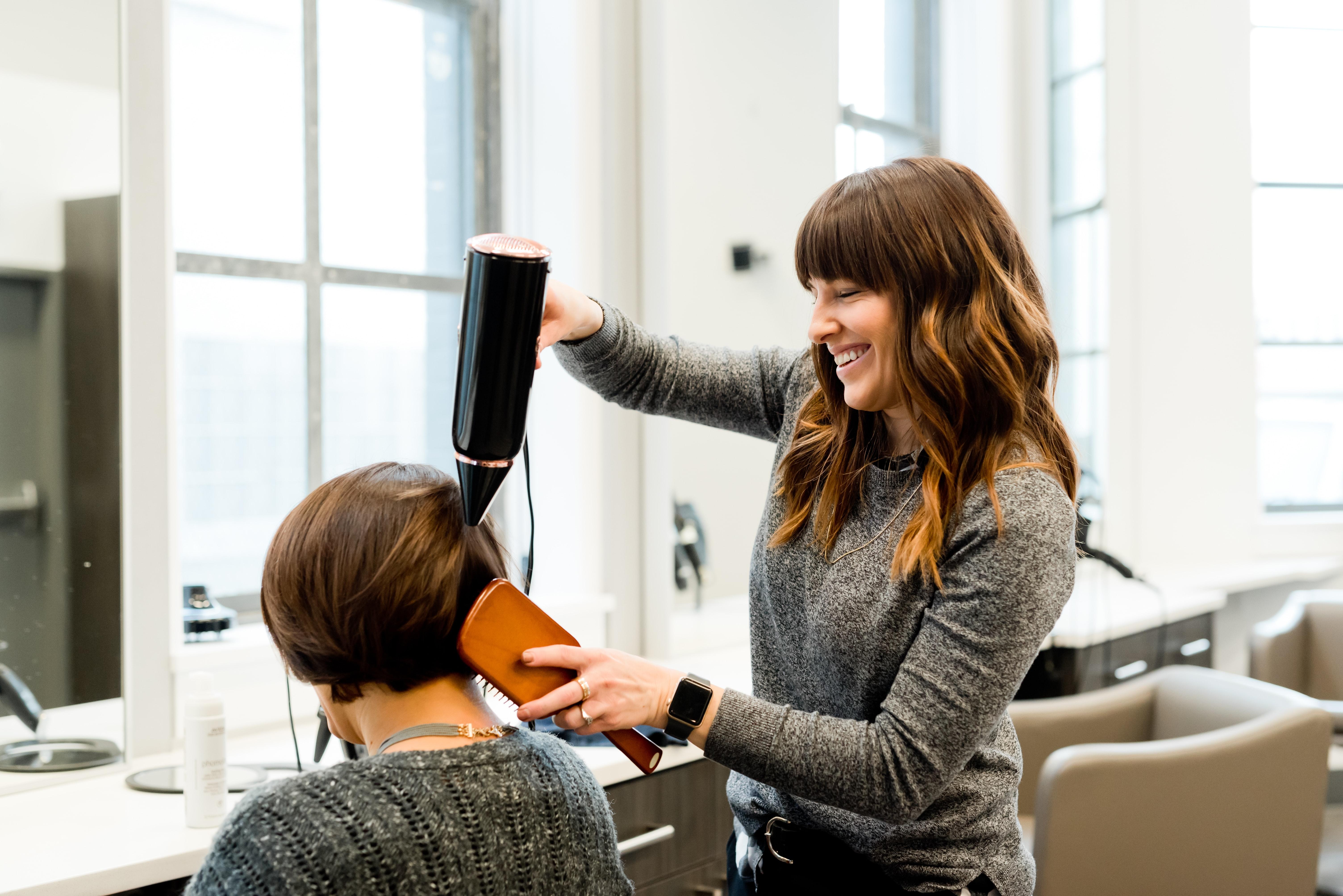 Cum ajuta scent marketing-ul saloanele de înfrumusețare?
