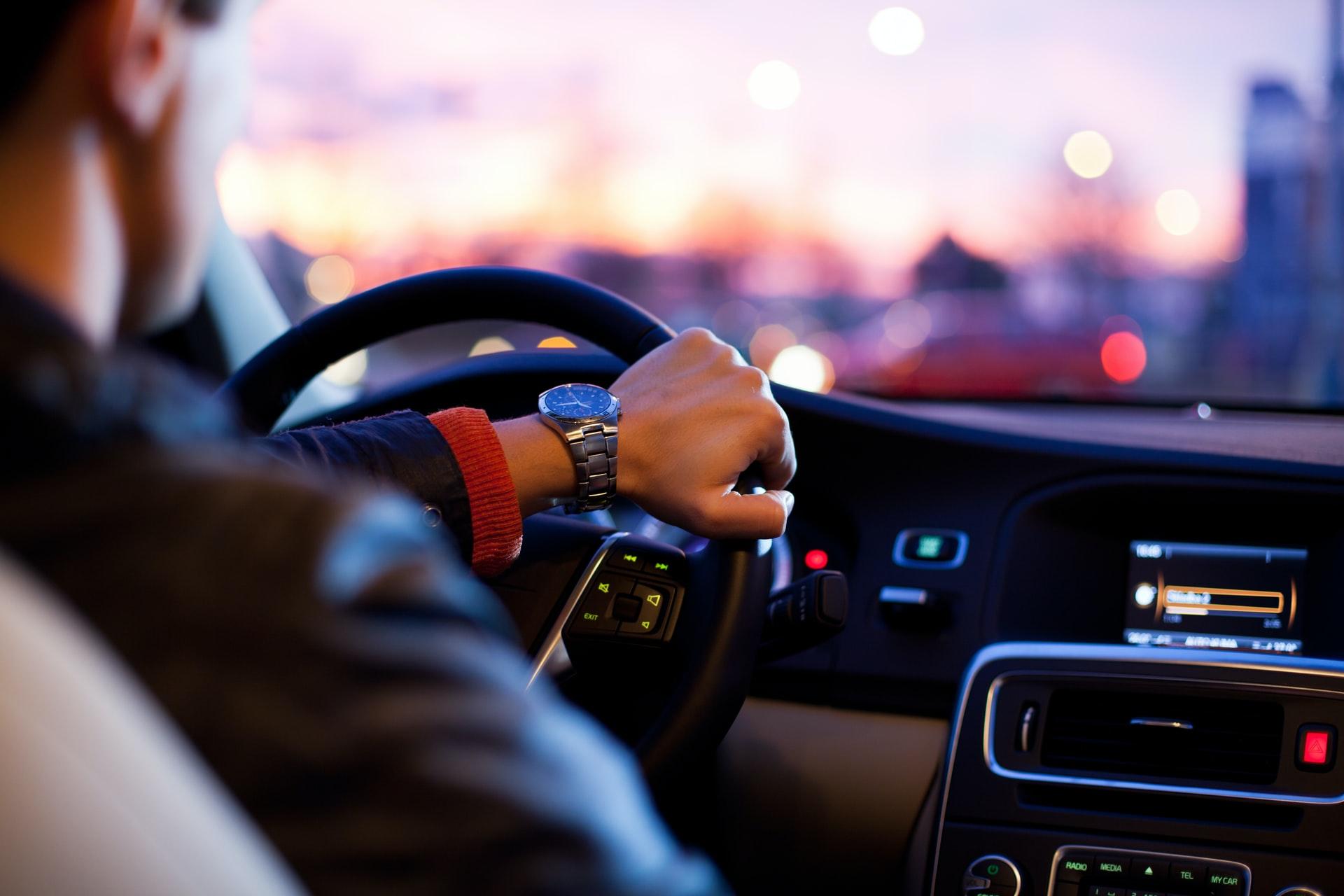Scapa de stresul de la volan: Cum te calmezi cu ajutorul aromaterapiei