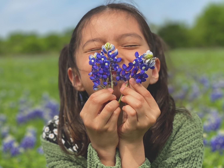 Biologia simtului mirosului – de ce ne plac anumite parfumuri si ce putem face sa persiste mai mult (1)