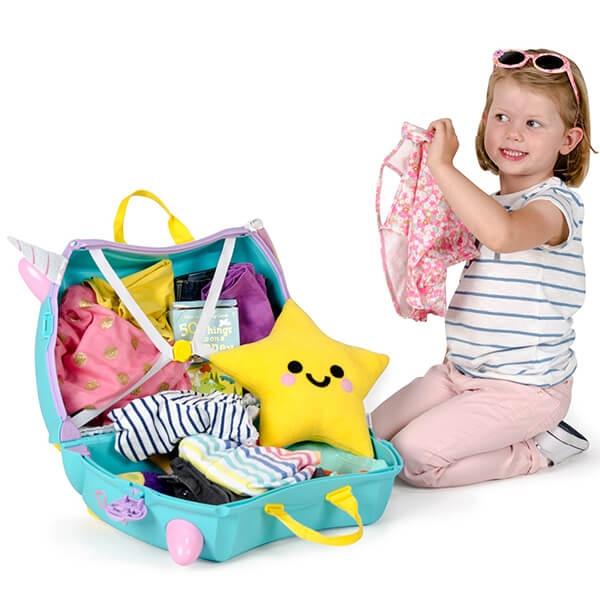 Set travel pentru copii - Valiza TRUNKI UNA - Unicornul + Perna calatorie Trunki Yondi Pink 4
