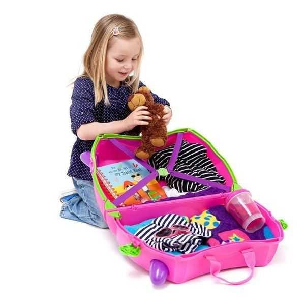 Set travel pentru copii - Valiza TRUNKI Trixie + Perna de calatorie Yondi Pink 4