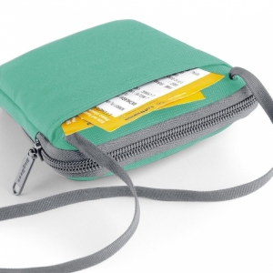 Geanta-portofel pentru calatorii verde4